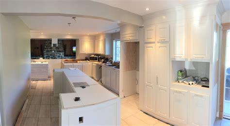 refaire les armoires de cuisine rénover décaper ou transformer ses armoires de cuisine
