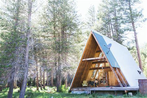Cabin Rentals, A Door To The Wild