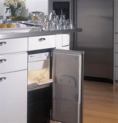 zdiswss ge monogram high production large capacity automatic icemaker monogram appliances