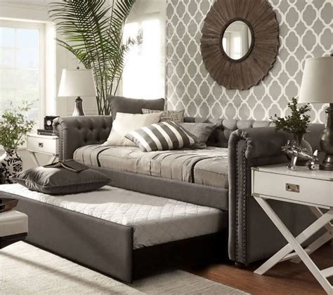 cool daybeds  trundle daybed ideas daybed room