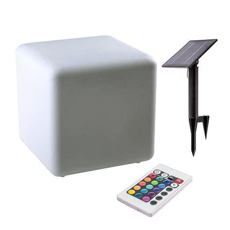 le mit fernbedienung farbwechsel solarleuchte leuchtw 252 rfel cubito 40 cm mit farbwechsel und