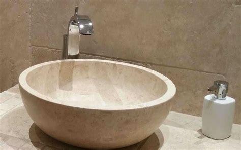 naturstein waschbecken steinwaschbecken waschbecken rund bad naturstein travertin light kaufen