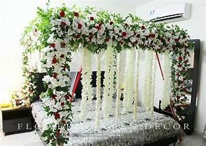 Wedding Bedroom Decoration With Flowers - StylishPie
