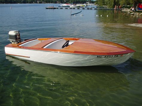 Outboard Runabout Boat Plans by Outboard Wooden Boat Classic Beautiful Boats