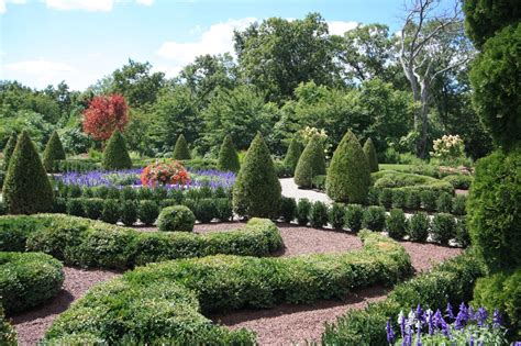 Formal English Garden Hgtv