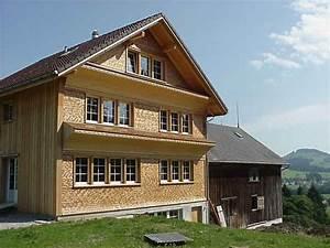 Haus Mit Holzverkleidung : traditionelle h user mit schindeln der peter m ller ag ~ Bigdaddyawards.com Haus und Dekorationen
