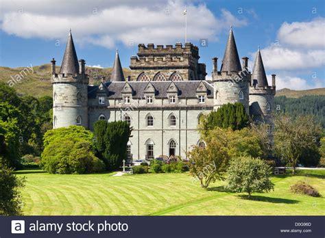 inveraray castle sitz der  duke  argyll neben loch