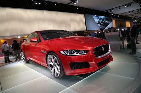 La Jaguar Xe élue Plus Belle Voiture De L'année 2014