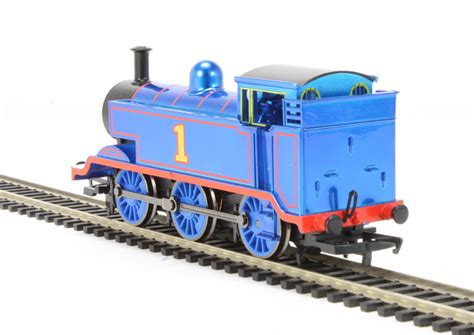 hattons co uk hornby r9303 the tank engine 70th anniversary locomotive limited edition