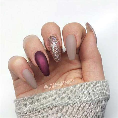30 Amazing Burgundy Nail Designs for Women 2018 - Pretty Designs