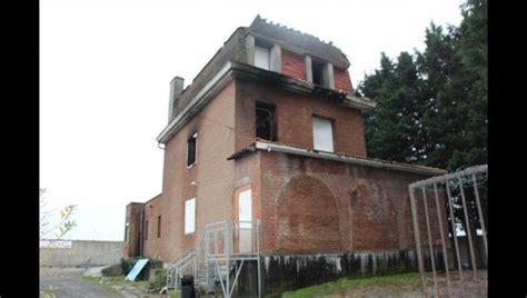villeneuve d ascq un incendie ravage la 171 maison hant 233 e de hem 187 d hempempont
