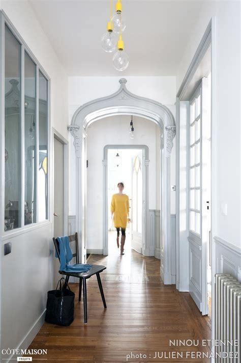 couloir lumineux avec verriere dans  magnifique