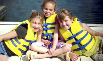 Newport Boat Show Discount Tickets by Win Tickets To 2017 Newport In Water Boat Show La Jaja