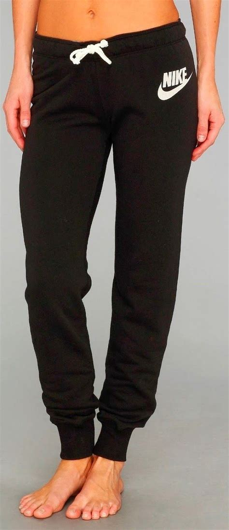 Nike skinny sweats   clothes and shoes   Pinterest   Pants Snow and Christmas gifts