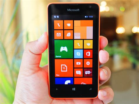 microsoft lumia 430 dual sim look brings windows phone 8 1 for rs 5 299 gizbot news