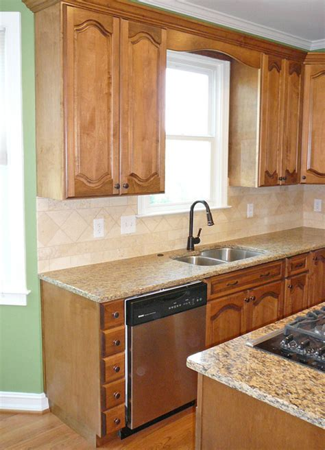 Big Bear Construction Kitchen Remodel with New & Refaced