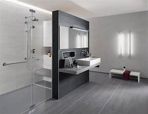 Grau Blaue Wand : badgestaltung grau wei ~ Watch28wear.com Haus und Dekorationen