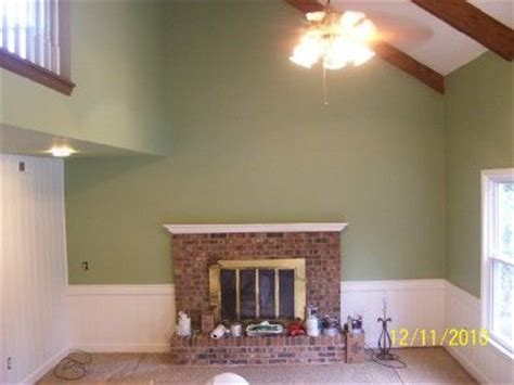 kitchen travertine backsplash 16 best guilford green images on green paint 3388