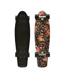 Floral Penny Board Black