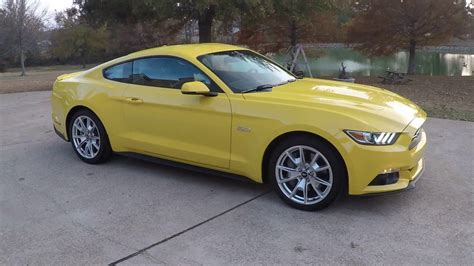 hd video  ford mustang gt premium  anniversary