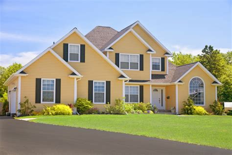couleur de maison tendance exterieur maison agencement de couleurs claires l habitation compl 232 te sous le m 234 me toit partout au qu 233 bec