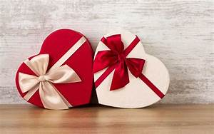Best Valentine's Day Gift Ideas for Him & Her When You're ...