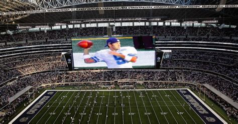 heres   dallas cowboys clean  colossal  yard