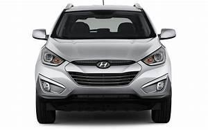Hyundai Hybride Suv : comparison hyundai tucson gls 2015 vs mitsubishi outlander phev 5hs hybrid 2017 suv drive ~ Medecine-chirurgie-esthetiques.com Avis de Voitures