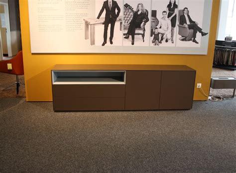 Piure Sideboard Ausstellungsstück by Piure Sideboard Line Lack Braun