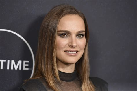 Natalie Portman Calls For Action Hollywood Women