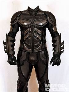 dark_knight_riding_suit+front | DESENHOS | Pinterest
