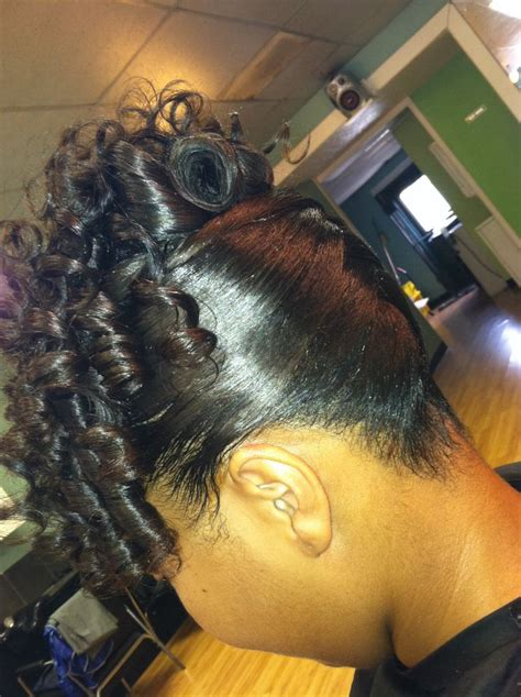 spiral hair pins pin by akimit scruggs on styles sew ins braids