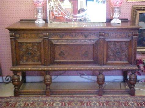 Jacobean Buffet Table