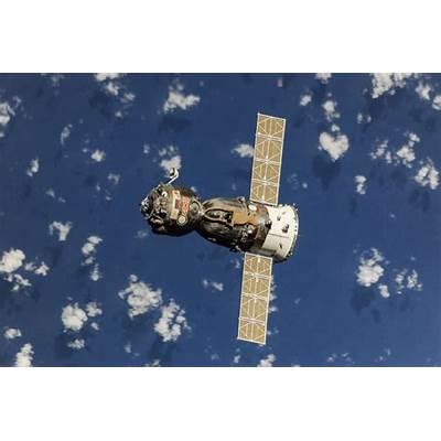 Soyuz MS – Spacecraft & Satellites