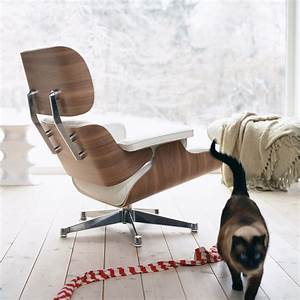 Eames Chair Weiß : vitra eames lounge chair ottoman walnut white ~ Markanthonyermac.com Haus und Dekorationen