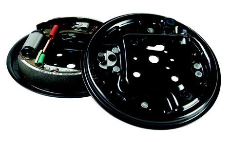 siege auto route quand changer vos tambours de frein norauto