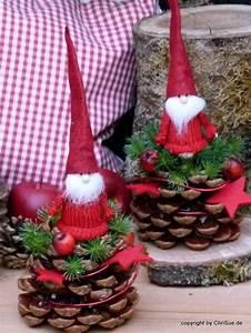 Weihnachtsdeko Basteln Für Den Tisch : weihnachtsdeko tannenzapfen wichtel freund ein designerst ck von chrisue bei dawanda ~ Whattoseeinmadrid.com Haus und Dekorationen