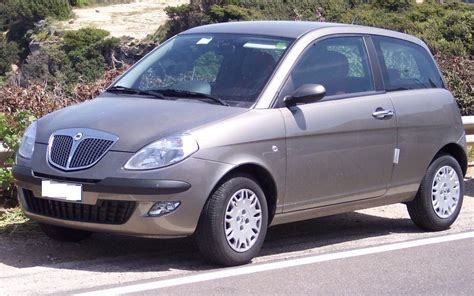 RANK LANCIA CAR PICTURES: 2003 Lancia Ypsilon WALLPAPERS
