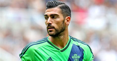 chelsea away 2015 graziano pelle in talks with everton and stoke football365