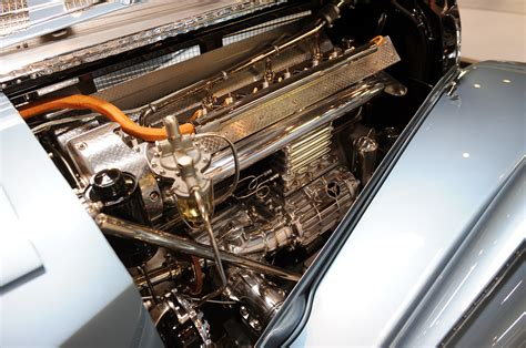 The vintage wonder was discovered inside a british garage and was sold to the highest bidder for approximately $4.4 million. Autoblog visits the 1936 Bugatti Type 57SC Atlantic at the ...