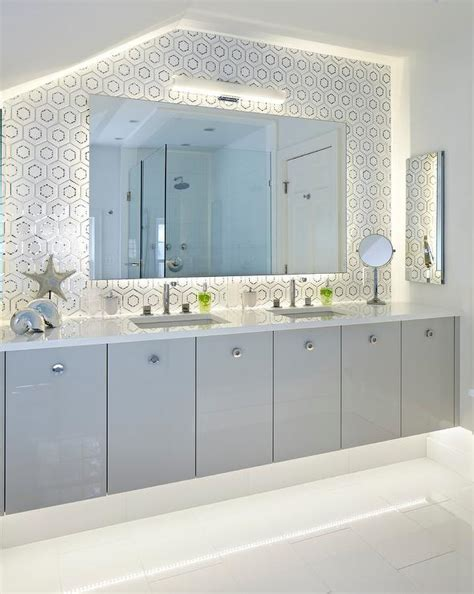 light gray flat front vanity cabinets with white quartz