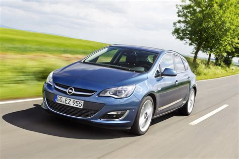 opel astra 2014 opel s 2014 astra gets a new engine with low fuel consumption