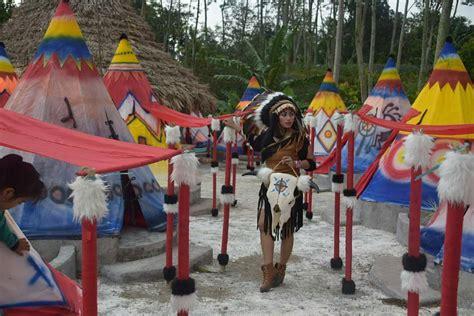 wisata  kediri jadi suku indian  sehari