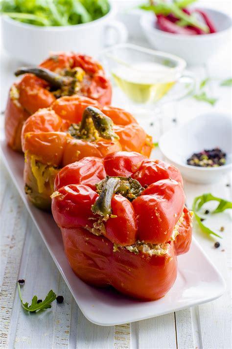 poivron cuisine recette poivrons farcis à la grecque