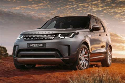 land rover discovery preis land rover discovery se 2017 review snapshot carsguide