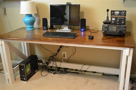 Thin Computer Desk by Diy Office Desk For More Personalized Room Settings