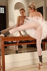 Ballerina feet mirrow solo