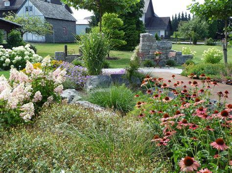 Garten Und Landschaftsbau Schmitz Oberhausen schmitz garten und landschaftsbau ideen f 252 r m 246 belbilder
