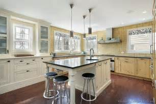 kitchen islands with chairs kitchen chairs kitchen islands with chairs
