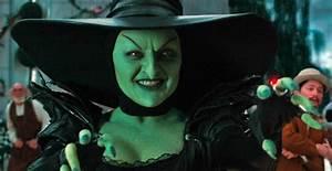 Image - Oz-great-powerful-wicked-witch-mila-kunis.jpg   VS ...
